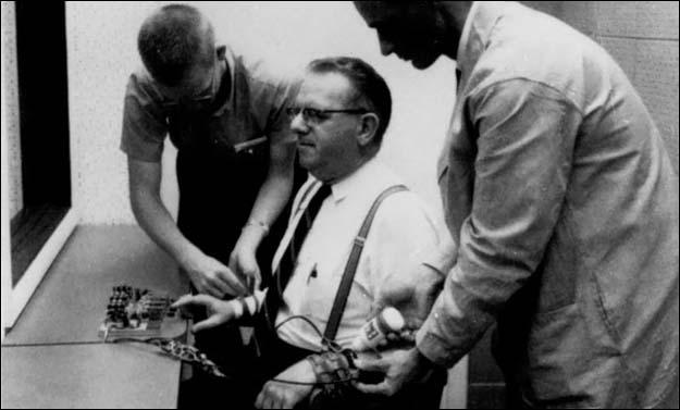 Stanley Milgram : Otoriteye İtaat Deneyi 16